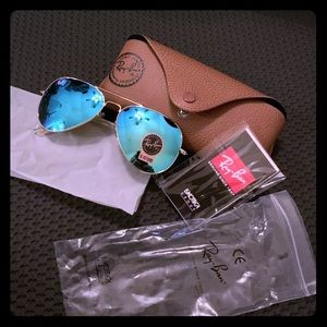 Ray Ban 58mm Gold Frame Green to Blue Lenses